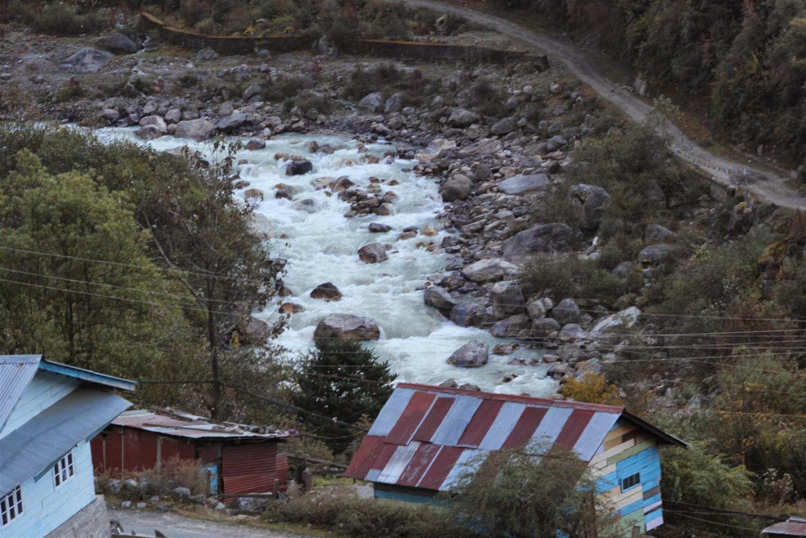 Teesta River Lachung