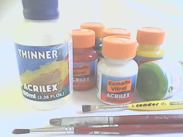 Suely pinturas pote acr lico com pintura estou mostrando tamb m as tintas que estou usando para - Pintura para plastico ...