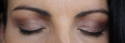 http://www.petitesastucesentrefilles.com/2014/12/make-up-de-fetes-2.html
