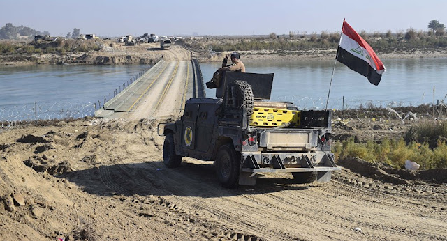 العراق : هزيمة داعش في الرمادي و تقدم الجيش الحكومي داخلها