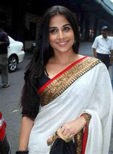 vidya balan hot photos in saree