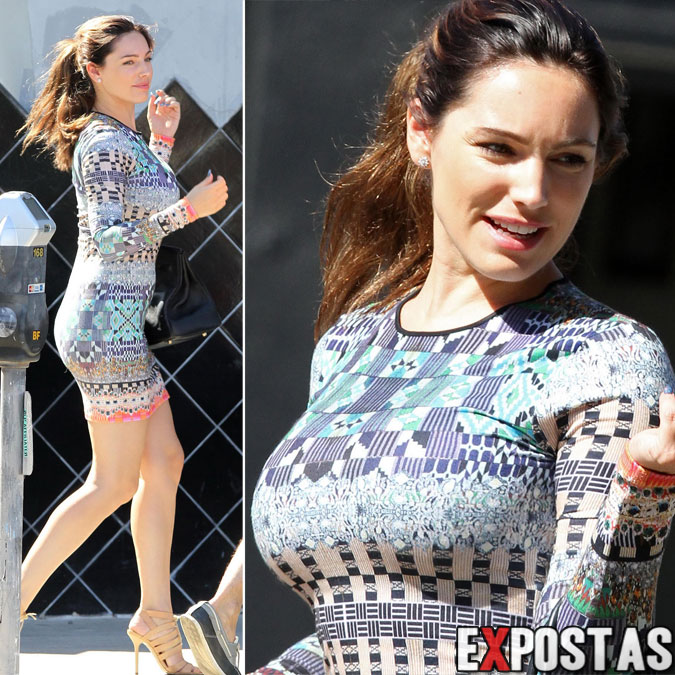 Kelly Brook: Candids em Los Angeles - 26 de Agosto de 2012