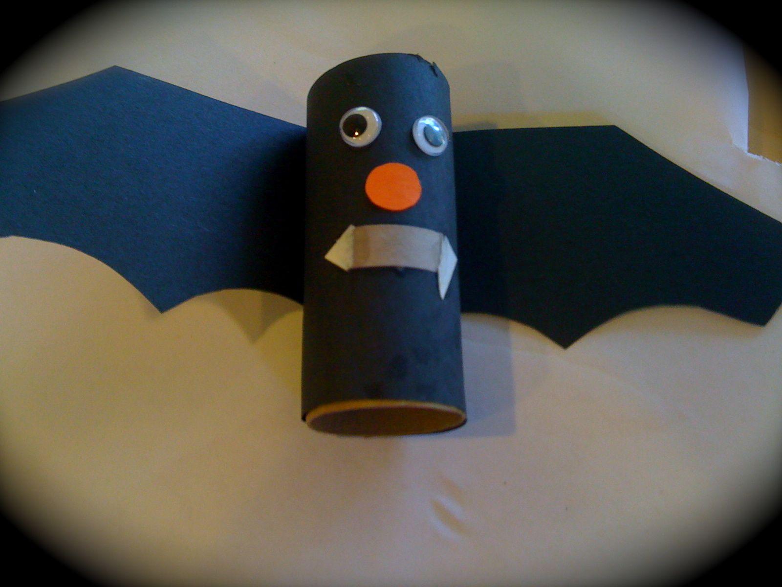 halloween hand bats vampires