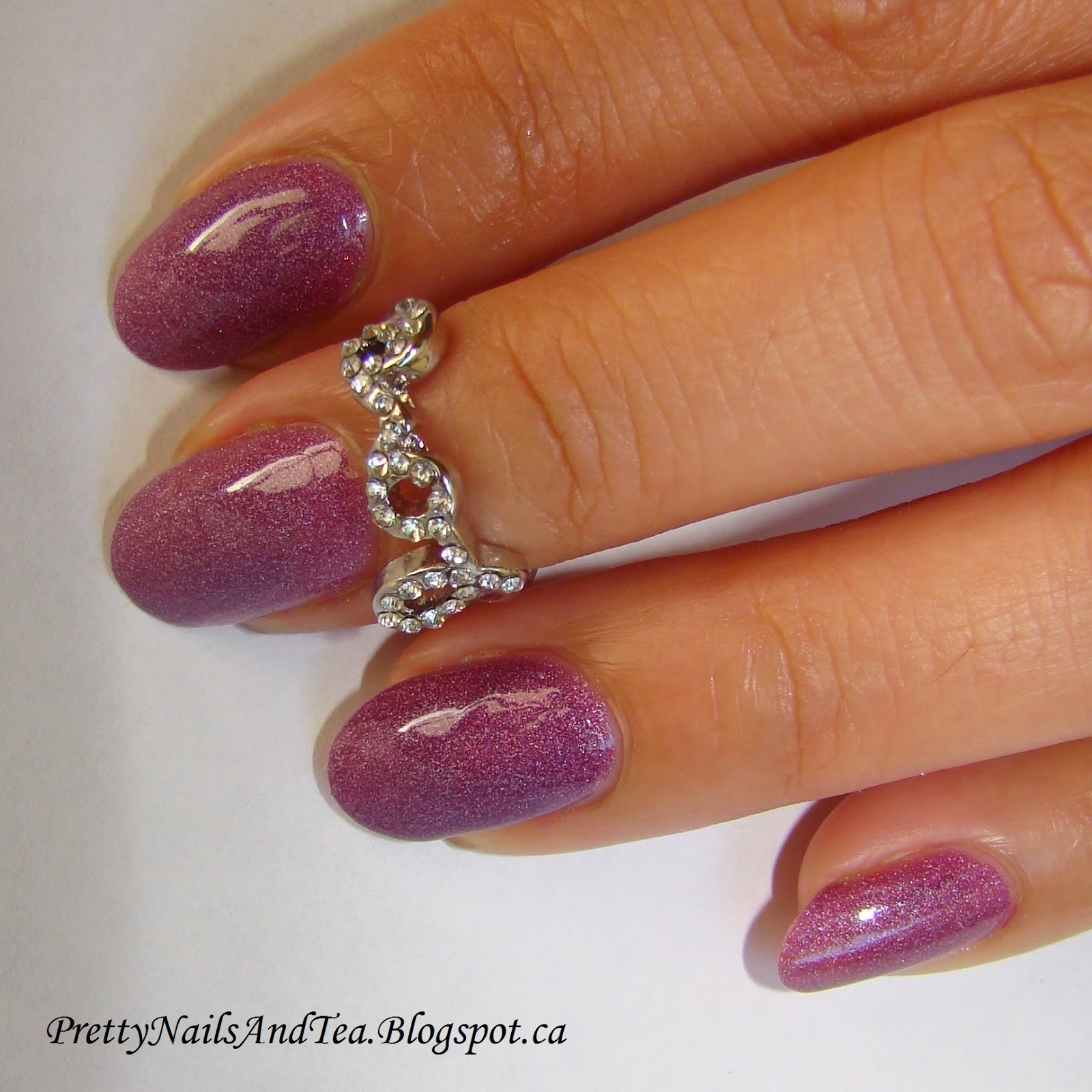 Aurora Point - Avon Cosmic | Pretty Nails And Tea
