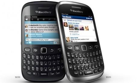 Blackberry Curve 9320 Dilepas dengan Harga Rp 2,599 Juta