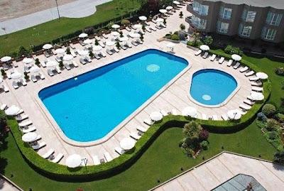çınar-otel-yüzme-havuz-istanbul