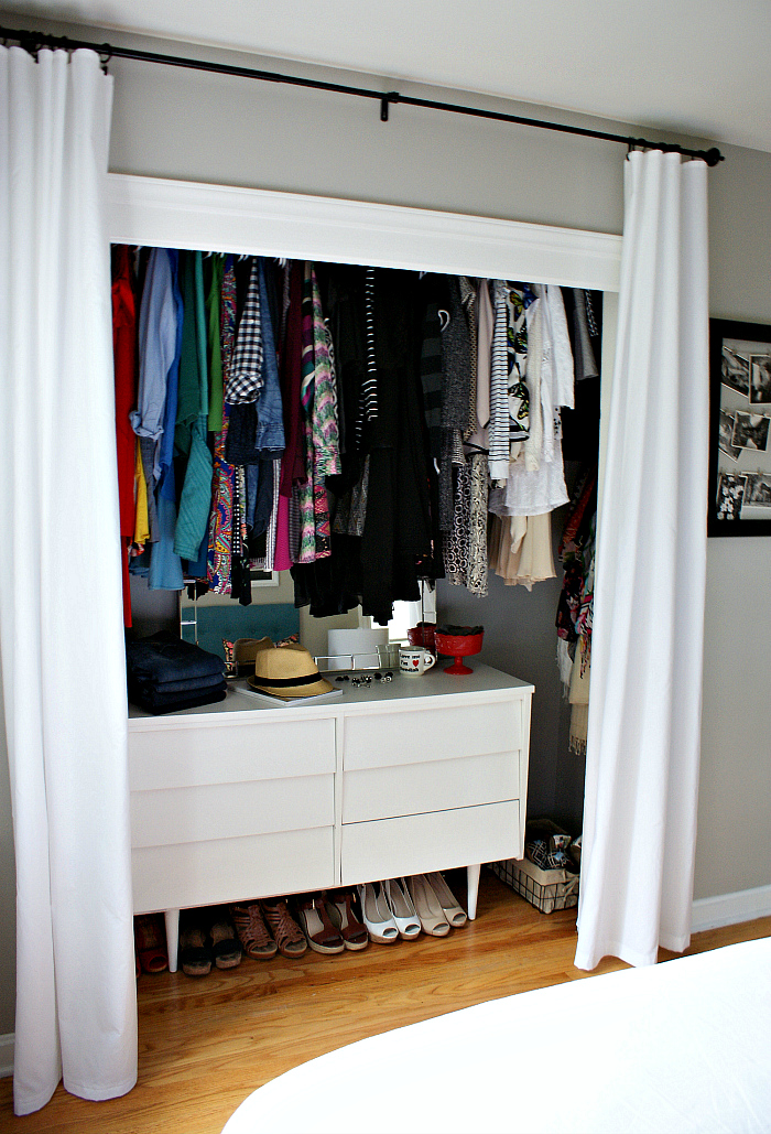 ideas for organizing a pretty small closet