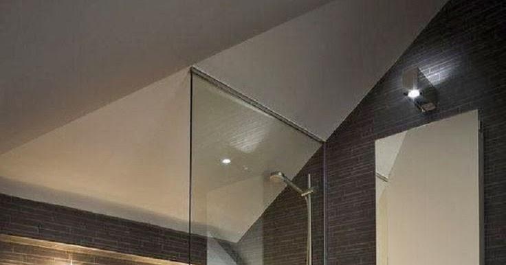 Inspiration salle de bain: Salle de bain moderne ardoise et bois massif.