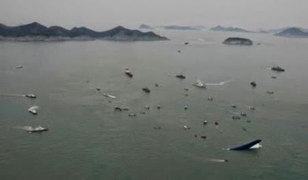 Thợ lặn bắt đầu thâm nhập bên trong phà Sewol