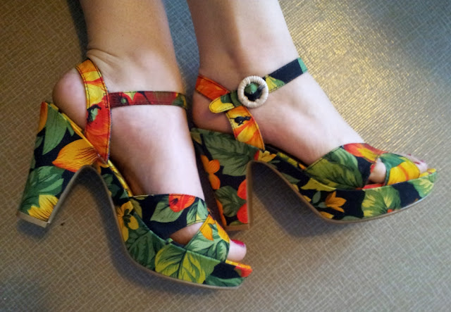 Hawaiian style Rocket Dog shoes