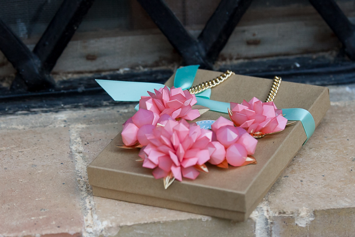 Necklace Fresh Spring Flowers en Ivory de MOKKA Accessories
