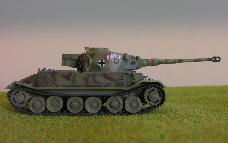 panzer sloped armor tiger i. Black Bedroom Furniture Sets. Home Design Ideas