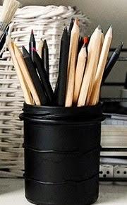 http://www.aprenderahacer.com/lapicera-reciclada/