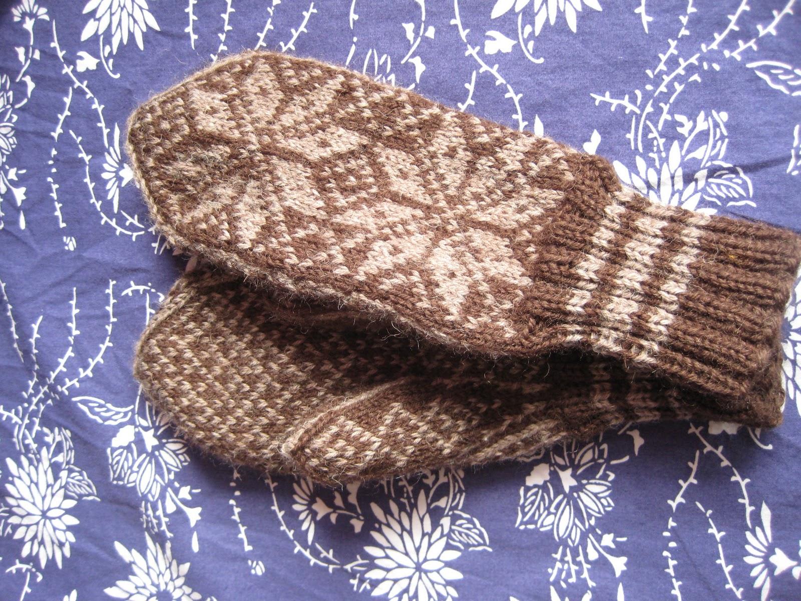 Aune Nordic Knitting: Mittens #8: Norwegian Selbu Mittens