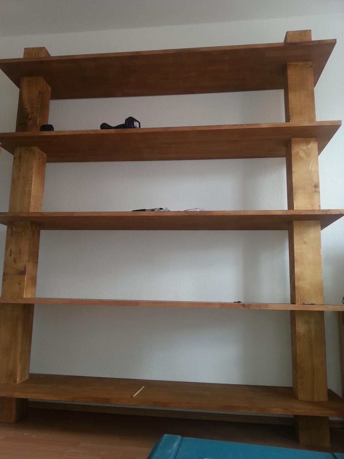 Como hacer tu mismo una estantería de madera maciza ~ CARPINTERÍA Y  #1C5A6F 1200x1600