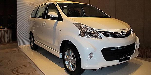 Harga Toyota New Avanza Veloz, Medan
