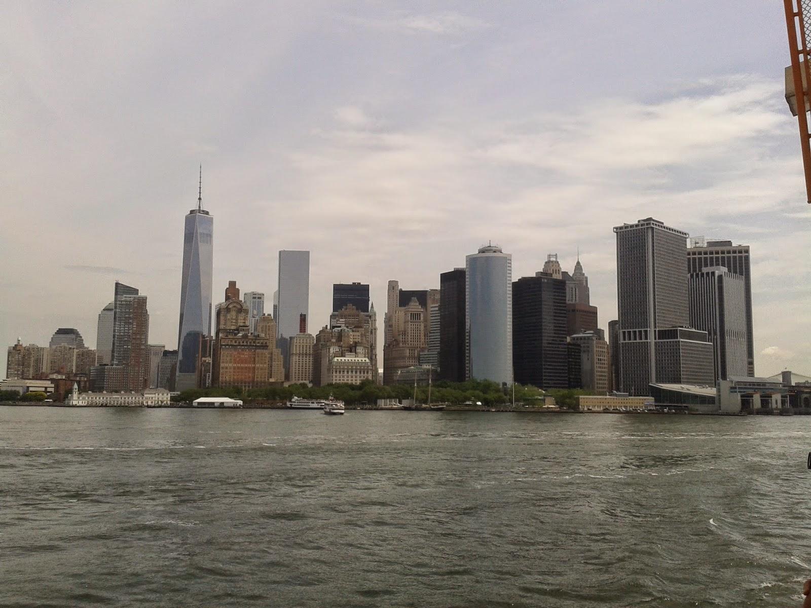 Pedro J. Bosch Barber: El Ruidoso Sueño Americano Nueva York, WTC ...