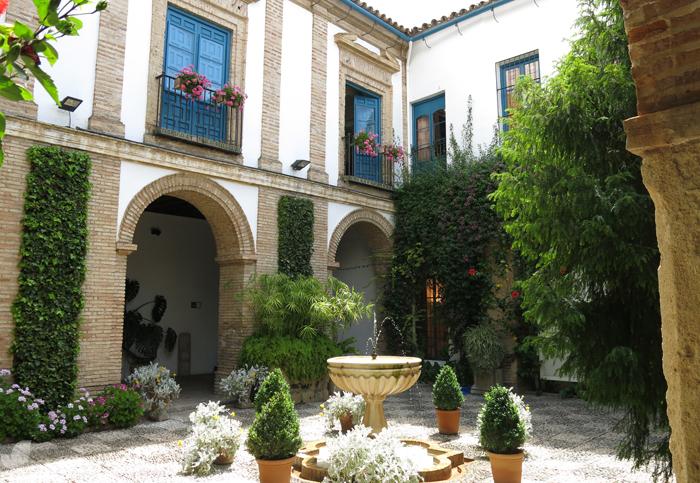 Patios de Córdoba parte II  paisaje libre