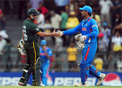 10th match of ICC Champions Trophy 2013 is between India and Pakistan.