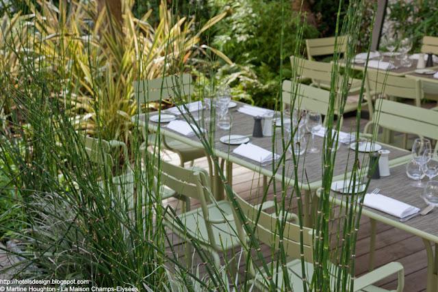 Les plus beaux hotels design du monde h tel la maison champs elysees by dani le damon maison for La table du jardin