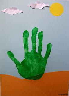 praca nad kaktusem - odciśnięta dłoń