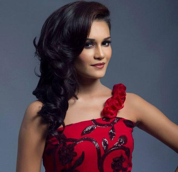 Hot naket model indonesia — 12