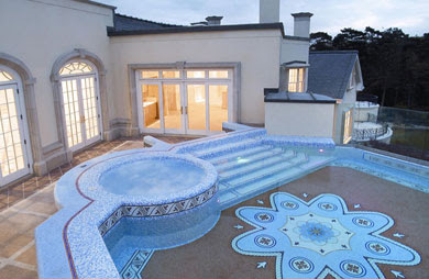 Fantastic and Beautiful Swimming Pools: Italian Designed Swimming Pool
