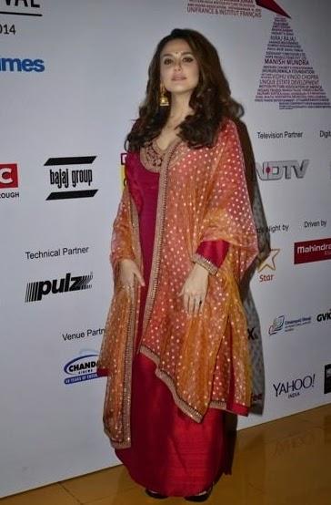 Preity Zinta & Huma Qureshi at 16th Mumbai Film Festival