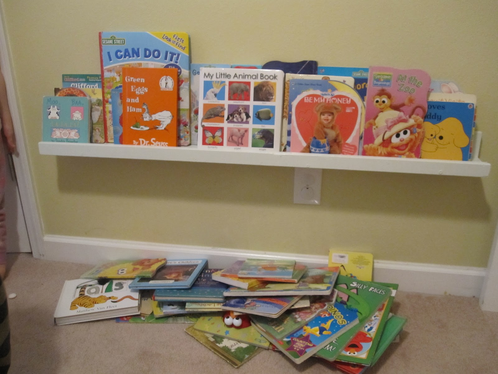 Confetti and Other Fun: Easy Book Shelves