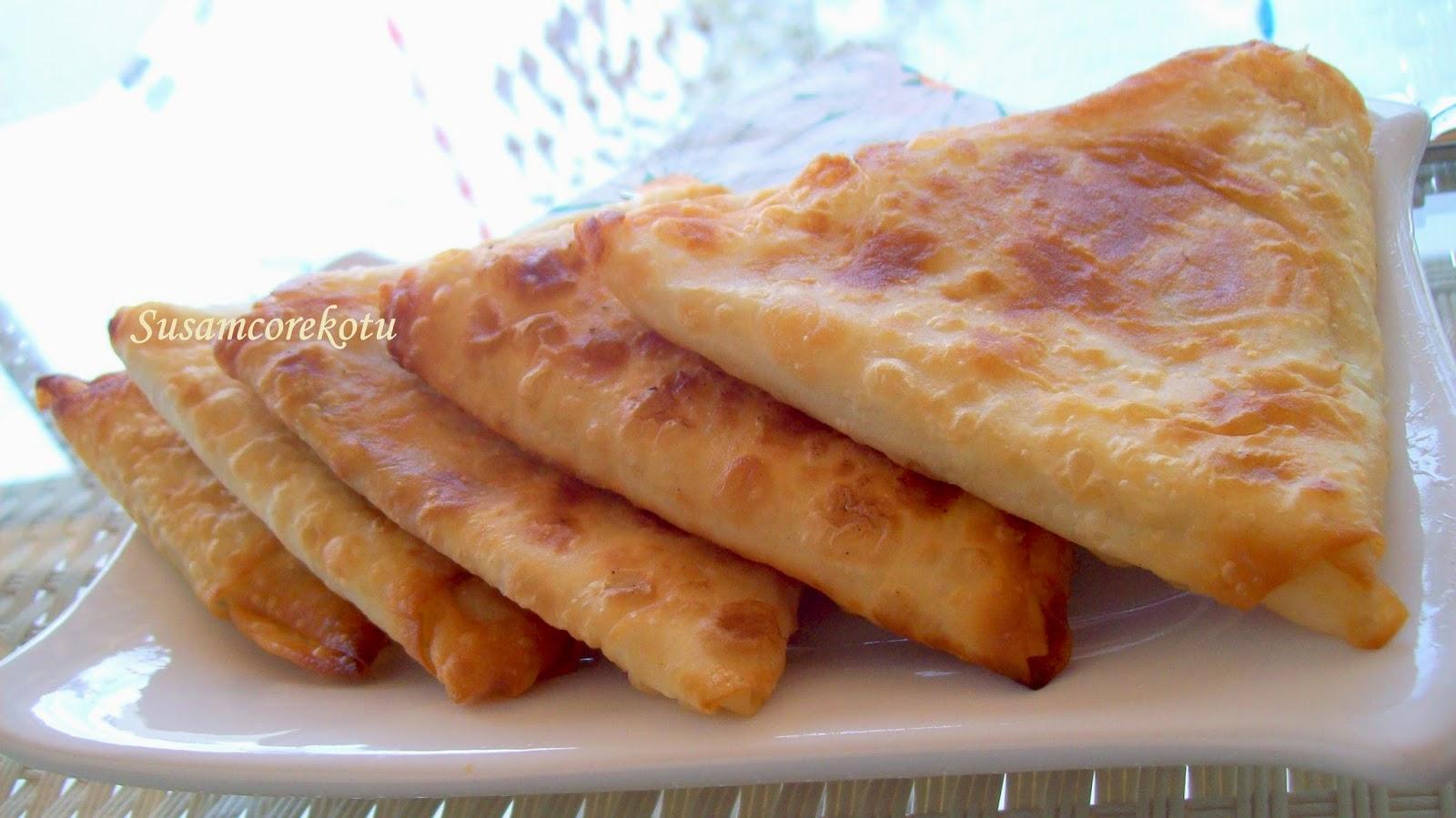 Pırasalı Mısır Unlu Börek Nasıl Yapılır Denenmiş Tarifi