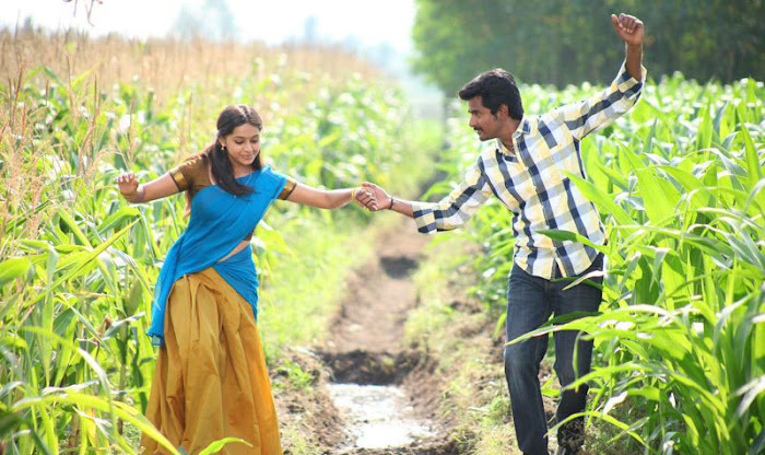 varutha padatha valibar sangam tamil movie cute stills