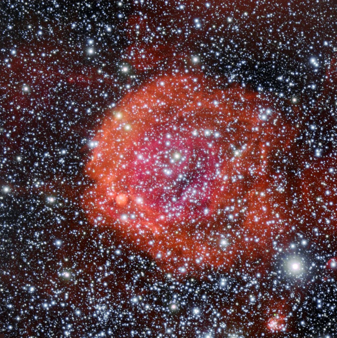 Cúmulo estelar y nebulosa circundante NGC 371