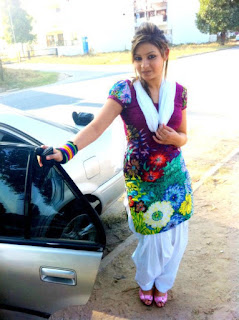 desi girl | wallpapers | images | photos | pics | hot desi local girls college girls paki desi girls uk desi g239
