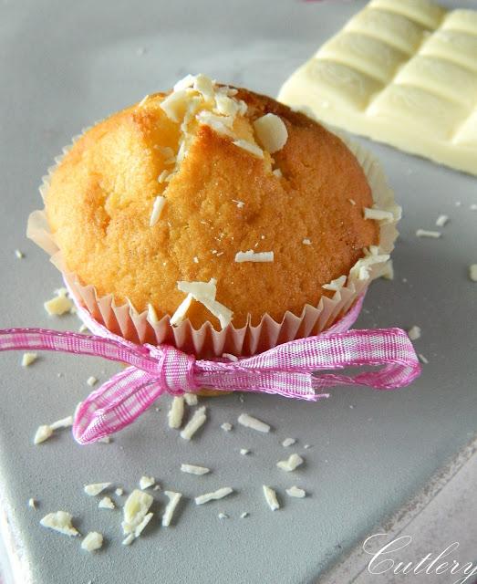 Muffiny s bielou čokoládou
