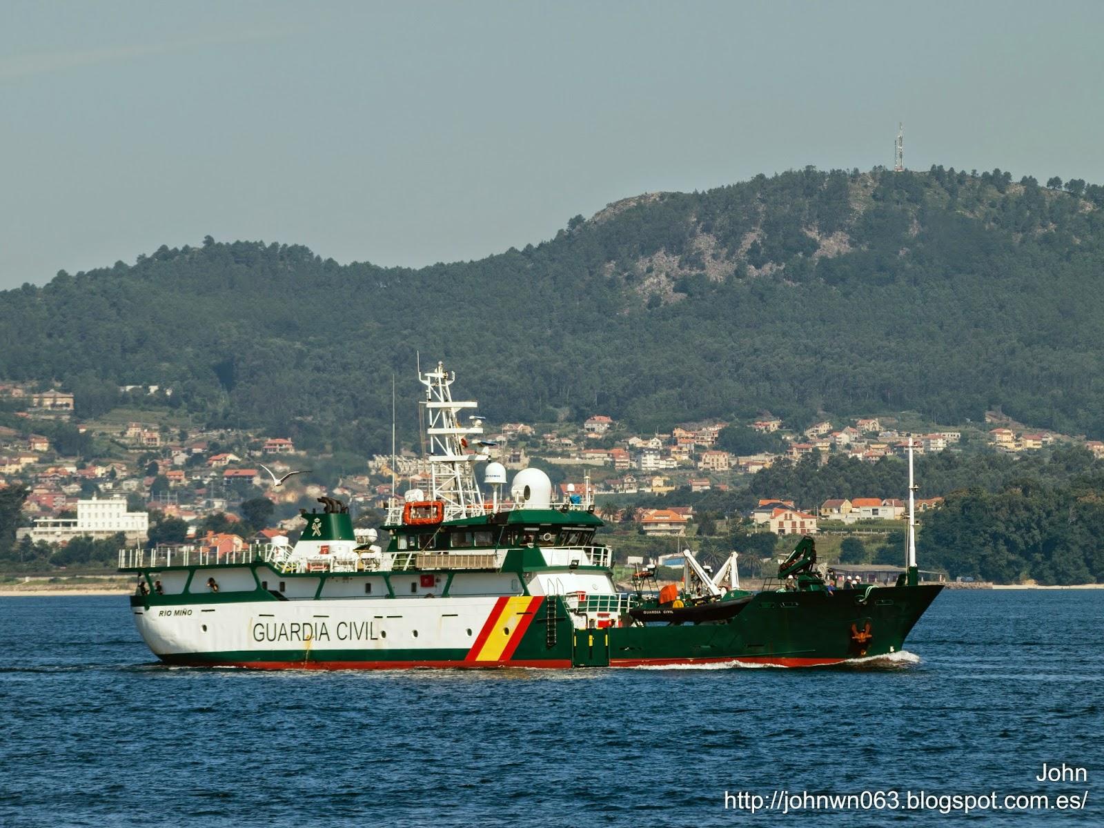 fotos de barcos, imagenes de barcos, semar, guardia civil, rio miño, vigo