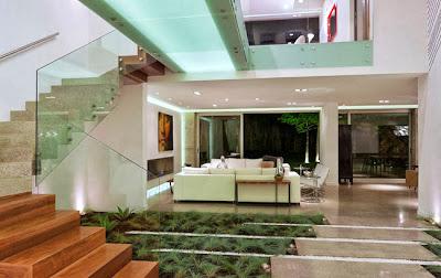 Casas minimalistas y modernas casa moderna en guatemala for Casa moderna 7 mirote y blancana
