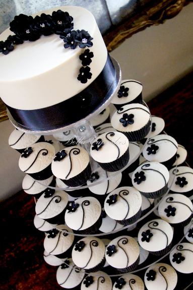 Black And White Wedding Decor Ideas