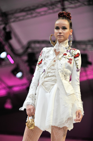 Asian Fashion And Style Clothes In 2012 Singapore Fashion