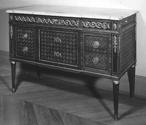 Five-drawer commode  Jean-Henri RIESENER  Stamped with the mark of Ferdinand BURY  Musée du Louvre, Paris