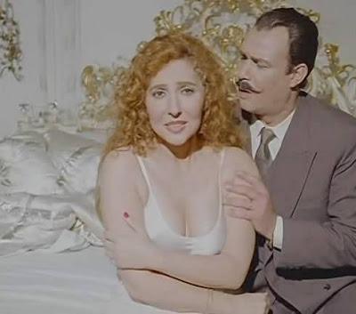 أزواج يشاهدون زوجاتهم في أحضان رجال آخرين