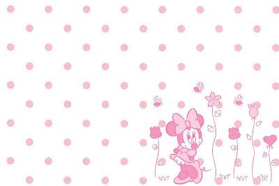 Minnie Mouse en rosa con flores y lunares