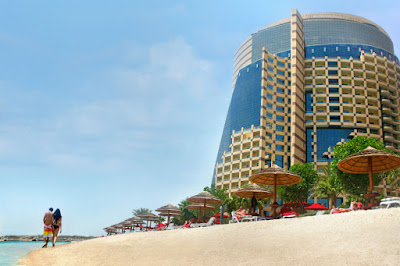 Khalidiya Palace Rayhaan by Rotana is located near Emirates Palace and Etihad Towers