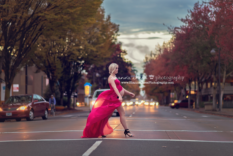 eugene springfield oregon maternity photographer streets downtown