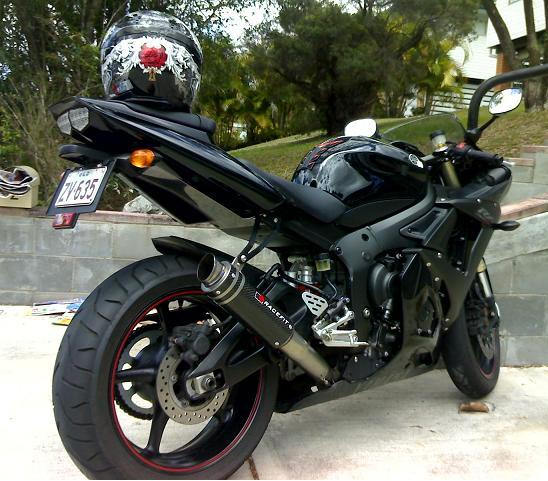 Beautiful Bikes Yamaha R6 Black