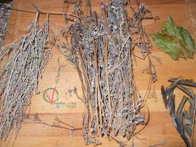 Hierbas que se utilizan en el aliñado clásico murciano.