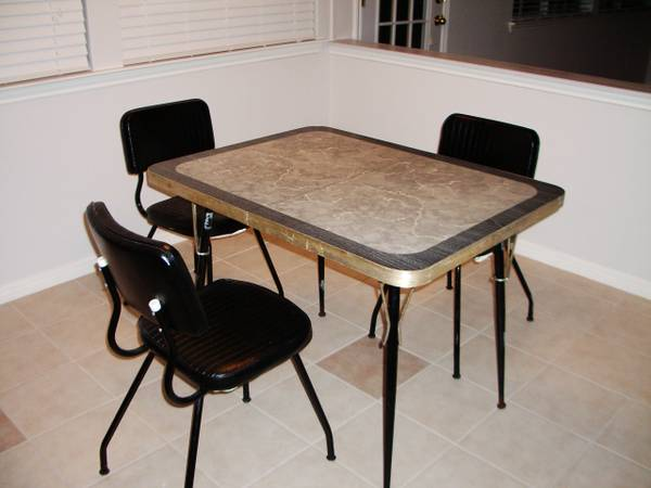 thou shall craigslist monday march 25 2013. Black Bedroom Furniture Sets. Home Design Ideas