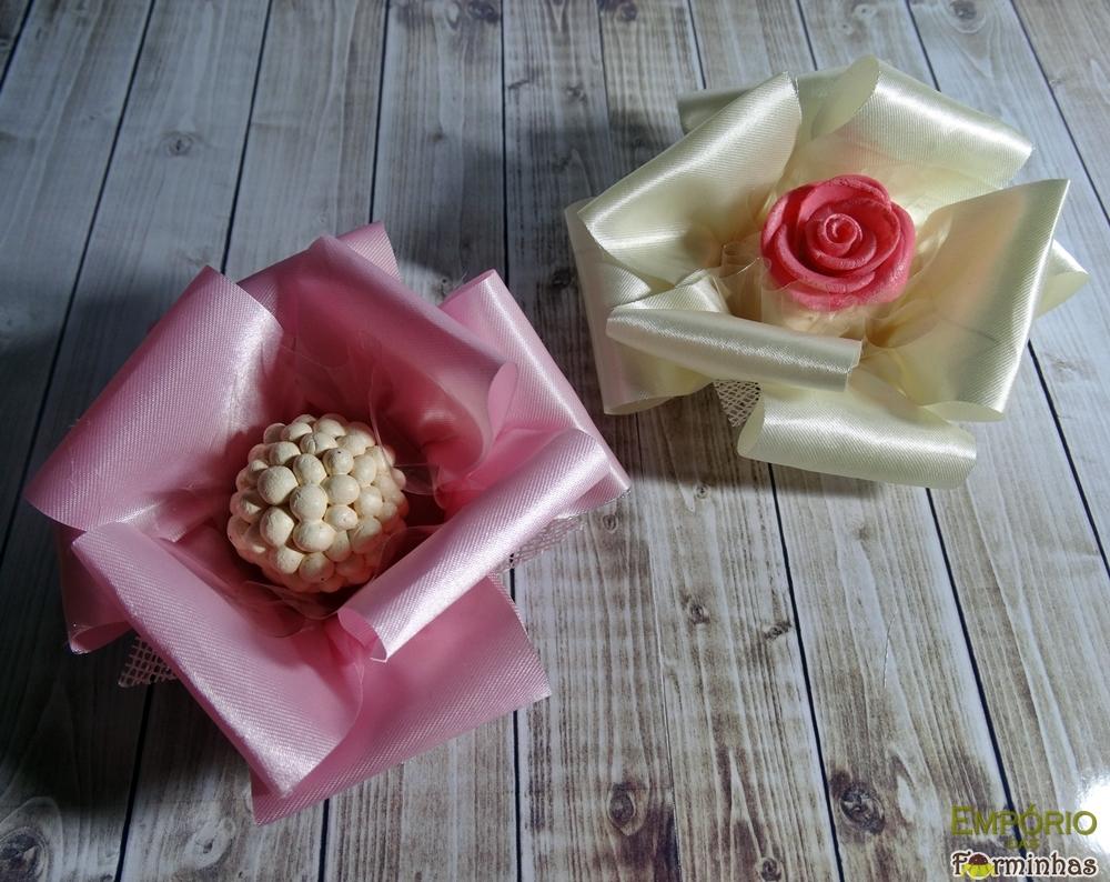 Forminhas rosa fitas de cetim