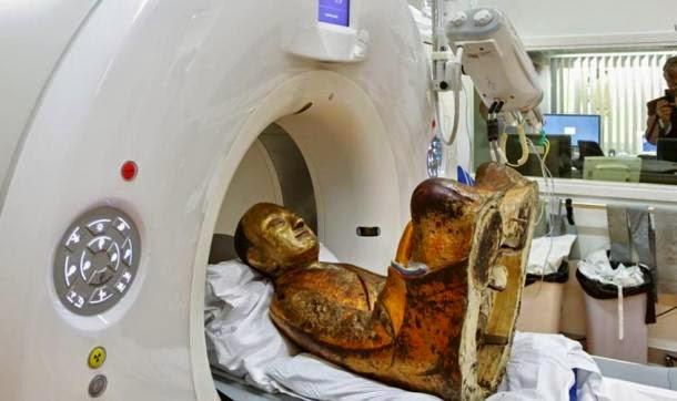 Terkejut Mumia Ditemui Dalam Patung Buddha