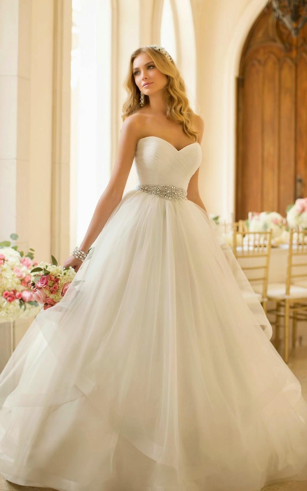 Vestido de fiesta como el vestido de novia