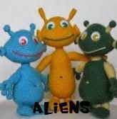 http://patronesamigurumis.blogspot.com.es/2013/12/patrones-aliens-amigurumis.html